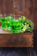 broccoli drink with ice