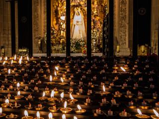 Velas a la Virgen