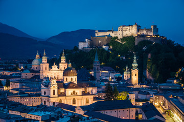 Fototapete - Great  view from the top on an evening city shining in the lights. Location famous place (unesco heritage) Festung Hohensalzburg, Salzburger Land, Austria, Europe. Beauty world.