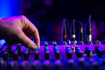 Audio jack Dj mixer dj mix music on the console the dj s hand