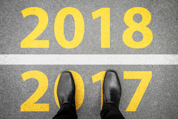 Shoes standing at new year 2017 and 2018 line Fotomurales