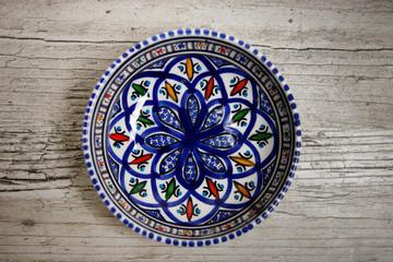 Céramique orientale - Vaisselle orientale - Maroc - Tunisie - Assiette orientale décorée à la main
