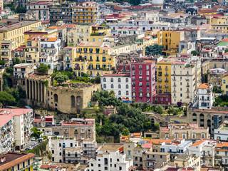 Castel Sant'Elmo, Blick vom Belvedere San Martino auf die Altstadt von Neapel, Neapel, Kampaniem, Italien