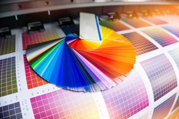 Farbfächer für Klebefolien