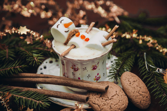 christmas marshmallow man in a cup of coffee