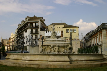 Sevilla es un municipio y una ciudad de España, capital de la provincia homónima y de la comunidad autónoma de Andalucía