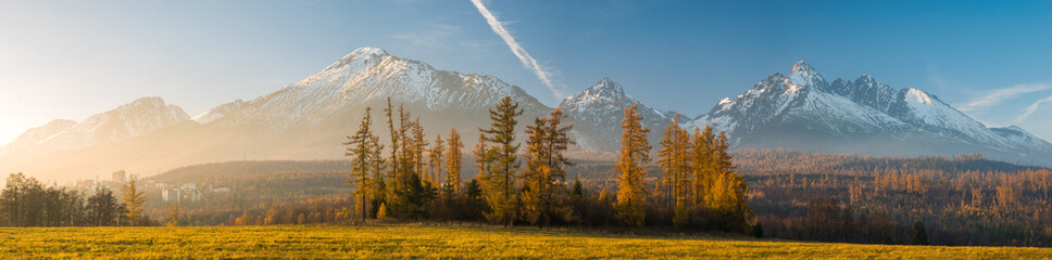 Wall Mural - Autumn Panorama of the High Tatras,Slovakia