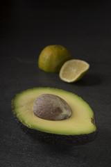 Avokado und Limette