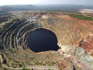 Drone en Minas de Rio Tinto (Huelva) Zona minera de Andalucia en España
