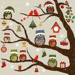 Greeting card with tree and Christmas birds