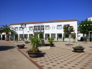 Alagón del Río es un municipio creado como poblado de colonización en los años 1950 en el término municipal de Galisteo, al norte de la provincia de Cáceres