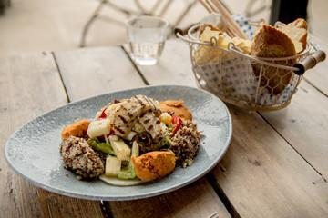 Halloumi Quinoa Salad