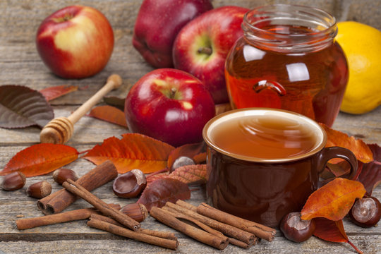 Tea from apple and cinnamon with honey. A healthy concept. Diuretic, aromatic, diabetes, anti-cellulite.