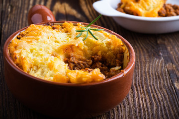 Shepherd's pie, traditional British dish