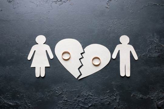 paper family near a broken heart a divorce