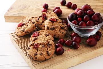 Foto op Aluminium Koekjes delicious cranberry cookies with fresh cranberries for christmas.