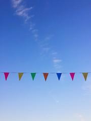 foto di bandiere colorate festa