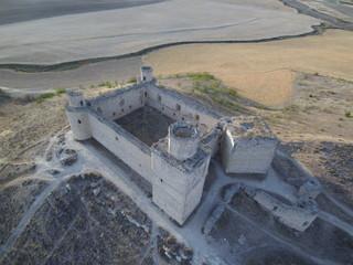 Castillo de Barcience en la provincia de Toledo, Castilla La Mancha. Fotografia aerea con Drone