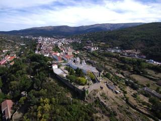 Bejar (Salamanca) desde el aire. Foto con drone en Castilla y León, España