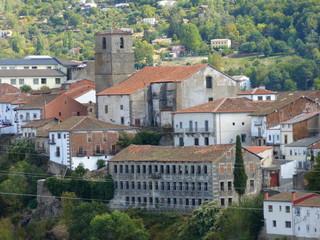 Béjar desde el aire. Béjar es un municipio y localidad española de la provincia de Salamanca, en la comunidad autónoma de Castilla y León