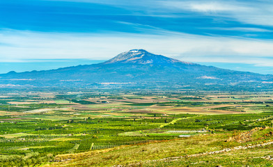 Panorama of Sicily with Mount Etna in the background. Italy Fototapete