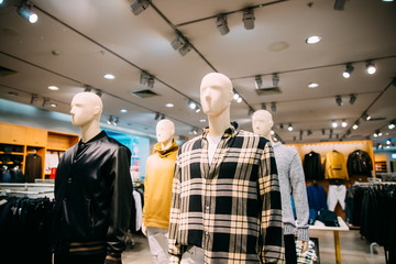 Mannequins Dressed In Male Man Casual Clothes In Store Of Shoppi