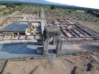 Ruinas romanas de Cáparra  en Oliva de Plasencia ( Caceres, Extremadura) Foto aerea con Drone