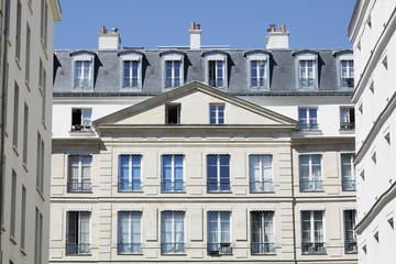 Paris, 1st arrondissement, rue de la Ferronnerie. Facade of residential buildings.