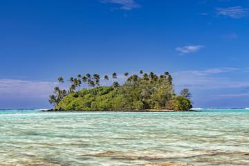 Muri beach Cook Island polynesia tropical paradise