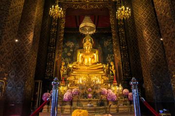 Golden Buddha in Wat Bowonniwet Vihara Temple.