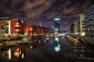Frankfurt Hafenbecken Westhafen