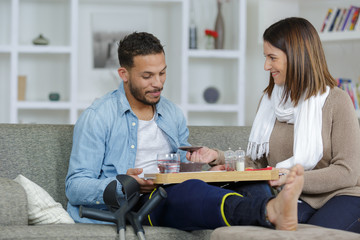 injured boyfriend and girlfriend together