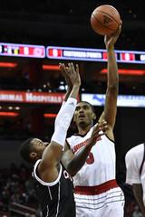 NCAA Basketball: Nebraska Omaha at Louisville
