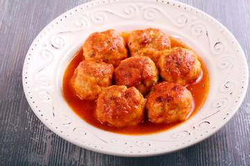 Turkey meatballs with sauce