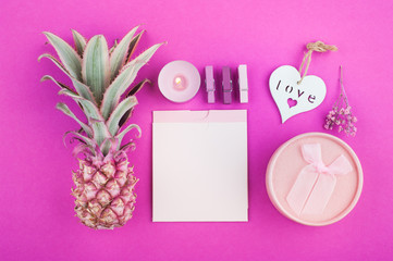 Pink pineapple, blank notes on pink