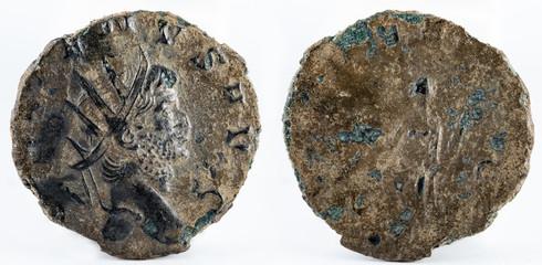 Antoninianus. Ancient Roman copper coin of Emperor Gallienus.