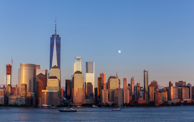 Fototapete - Lower Manhattan at Golden Hour