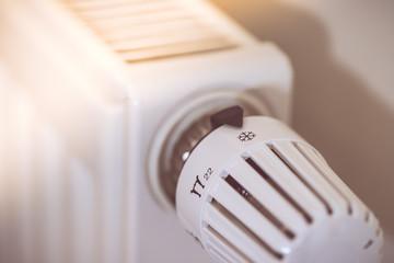 Heizkörper mit Thermostat, Sonnenschein