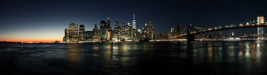 Custom blinds with your photo New York Manhatten Skyline aus Brooklyn, Sonnenuntergang mit Lichtern, Panorama