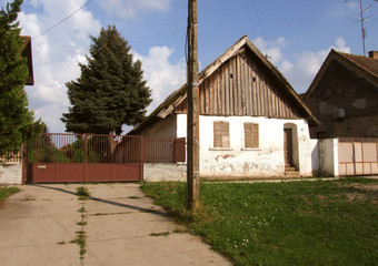 Old rustic house in Temerin