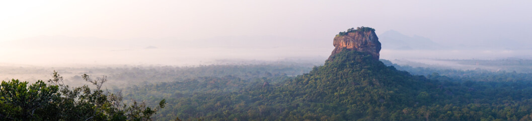 Lion rock au lever du soleil, Sigiriya, Sri Lanka