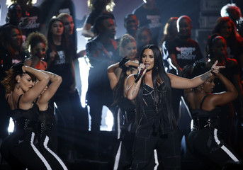 2017 American Music Awards – Show – Los Angeles