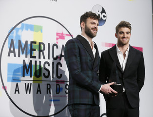 2017 American Music Awards - Photo Room - Los Angeles