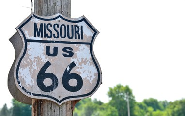 Deurstickers Route 66 Historic route 66 sign in Missouri.