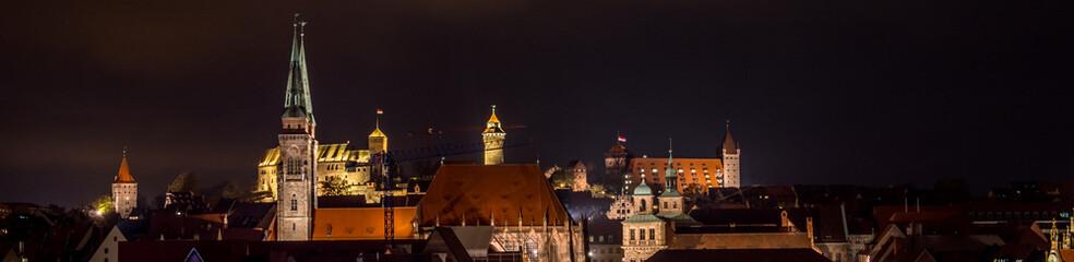 Panorama von Nürnberg am Abend