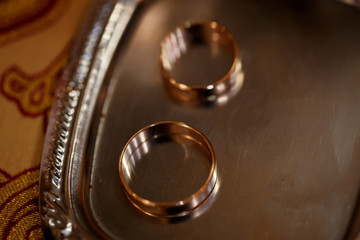 gold rings for wedding couple