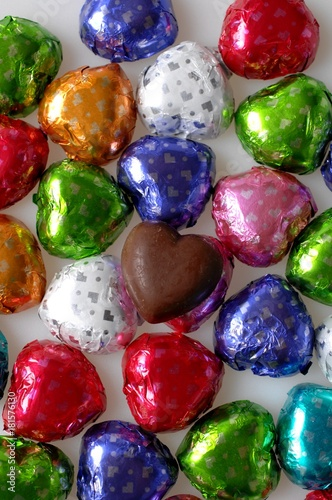 今年のチョコはカラフルなのでお楽しみに!来週からチョコ販売スタートします