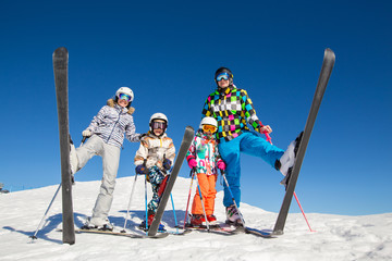 family in alpin ski resort