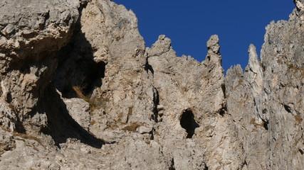 Rocce nel canalone Porta nella Grigna Meridionale