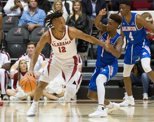 NCAA Basketball: Texas-Arlington at Alabama